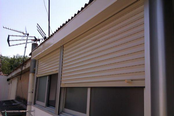 instalación de persiana de PVC